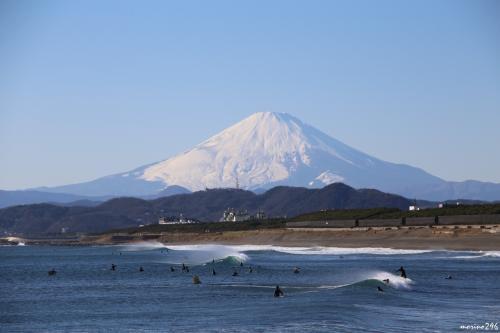 茅ヶ崎海岸西浜から眺める富士山<br /><br />飽きもせず、同じような写真を撮っています。
