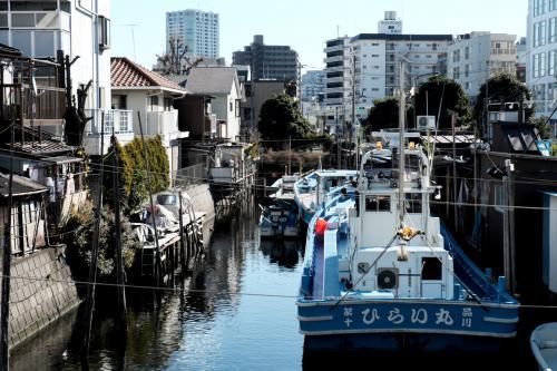 品川浦<br /><br />京急北品川駅から海側に少し歩くとあります。<br />いわゆる船だまりですね。<br />品川が漁村だったころの名残でしょう。