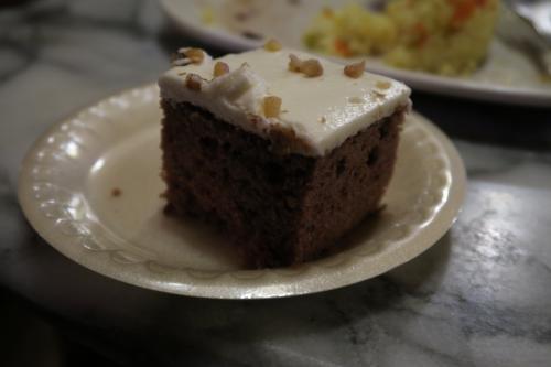 ケーキは、もちろん甘すぎ