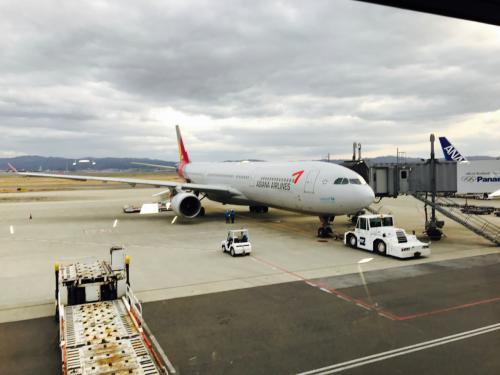 今回の使用機材です<br /><br />4時半の優先搭乗に間に合うようにゲートへ向かいます