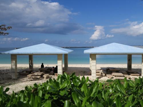パイナガマビーチ2<br /><br /> 今回お世話になったホテルのすぐ前でした。