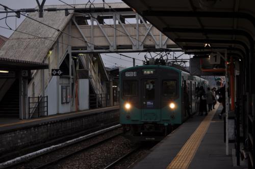 加古川からの電車が到着しました。