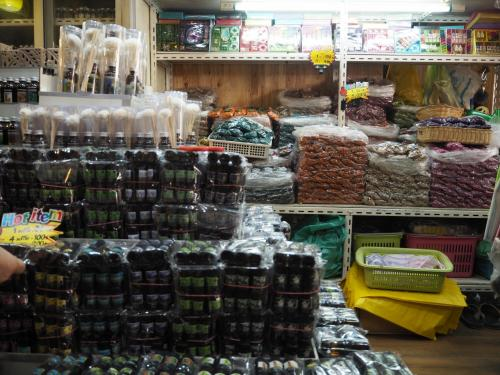 チャトゥチャック・ウィークエンド・マーケットのお店の様子(1)