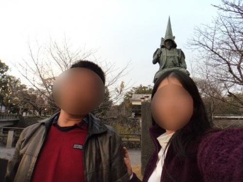 加藤清正像前にて<br />