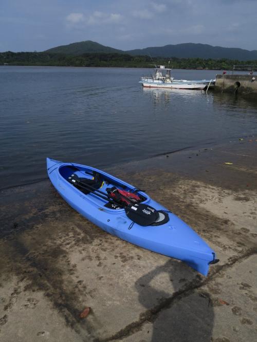 昨日は大荒れの天気<br />よって仲間川のカヤックは西表島最終日に変更する<br />