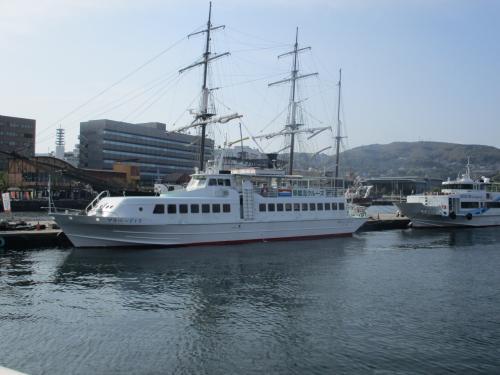 軍艦島上陸クルーズに行くマルベージャ号