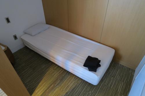 サクララウンジの仮眠室!<br /><br />日中の観光で、ちょっと疲れたので1時間ほどグダグダと!<br />半個室風です。