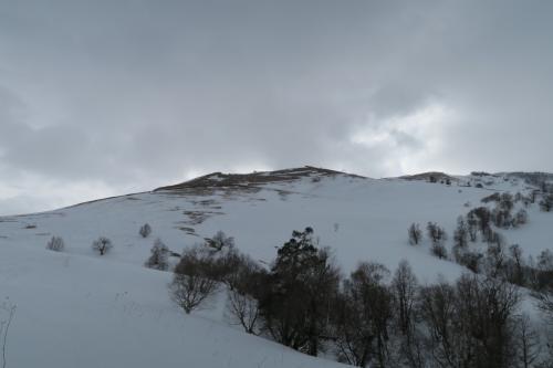Mitarbi・Tatraエリアにアクセス中です。実はこのスキー場連絡が悪く、コッタエリアから移動するには、タクシーかここを徒歩でアクセスというまさかの・・・逆は楽ですが・・・