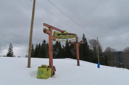 スキー場内には廃が!!