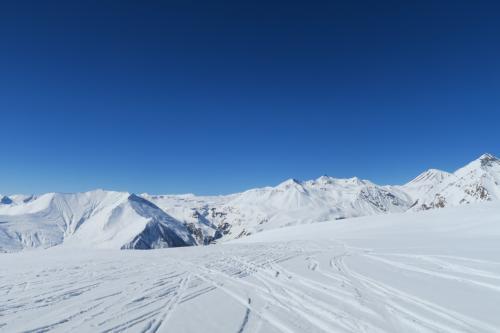 オフピステは所々良い雪があります。
