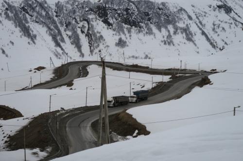 スキー場直近のアクセス路の様子です。