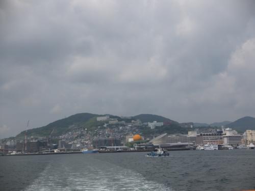 後ろを振り返ると、広い長崎港を見渡す事が出来ました。