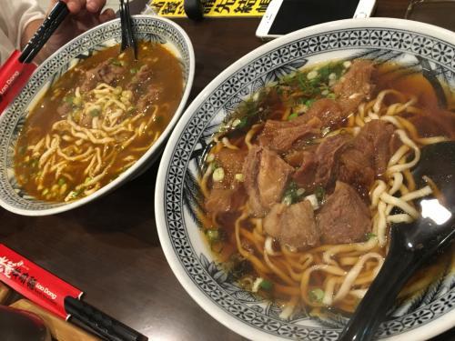 牛肉麺!!想像よりもおいしかったです!!