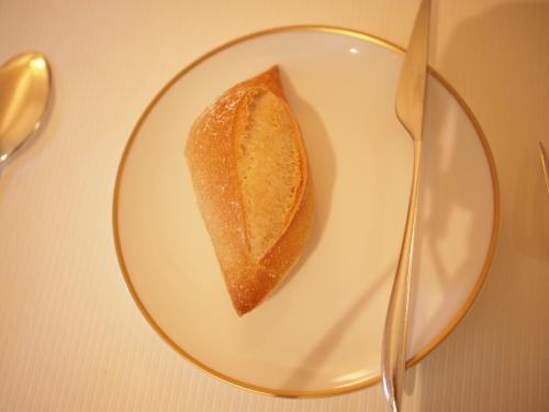 パンも 激ウマ。