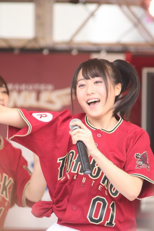 試合前ステージ<br /><br />坂口渚沙さん