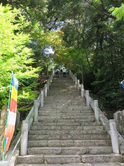 5/5<br />今日は1日ドライブ。まずは、兵庫県加西の一乗寺にぶらり。