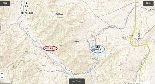 """☆達沢不動滝 ルートマップ拡大図<br /><br />※国土地理院地図に加筆<br />http://maps.gsi.go.jp/?z=16#14/37.602264/140.220952/&base=std&ls=std&disp=1&vs=c1j0l0u0f0<br /><br />中ノ沢温泉街入り口で脇道を右折します(目印は御宿万葉亭の看板)。<br />ほぼ1本道なので問題ないと思いますが、途中""""リゾートインぼなり""""を左手にやり過ごし、達沢集落を通り抜けます。<br />ほぼ突き当たりに『達沢不動滝』への標識があるので、そこを左方向に進みます。その先は達沢不動滝入り口の無料駐車場までダート道を5分ほどです。"""