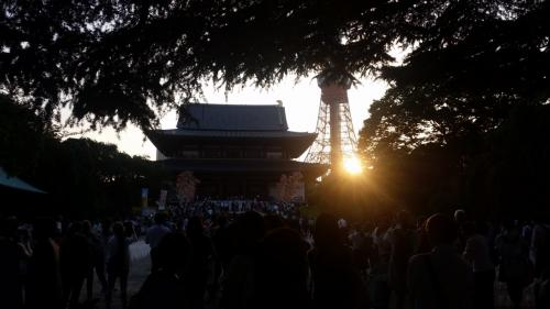 そろそろ増上寺へ