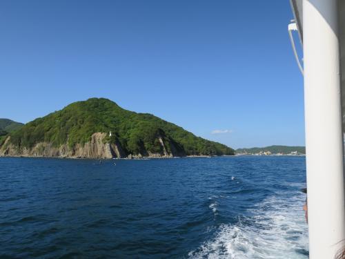 天気は晴天。鳴門海峡に向かいます。
