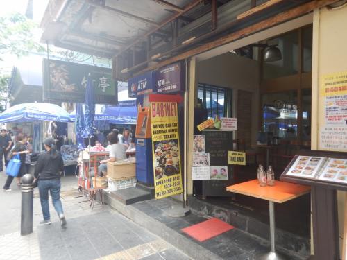 竹亭。本店がカオサンのあった頃はよく利用したが、シーロムの支店を開業し、その後、カオサン店は閉店してしまったので最近は利用したことがない。