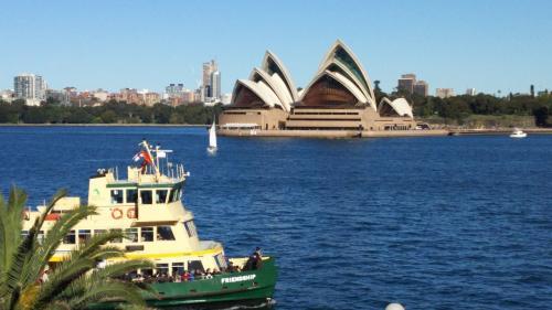 絵葉書みたいに撮れたシドニーオペラハウス、世界遺産一個目