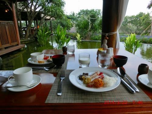 3日目の朝食。<br />和洋中、インドネシア料理もそろっていました