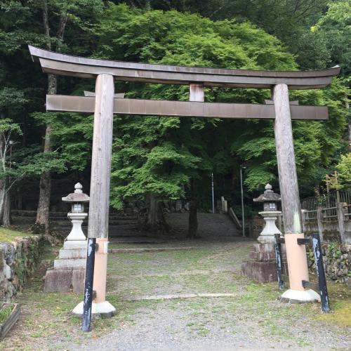 寺社仏閣好きの相棒につられてパチリ。