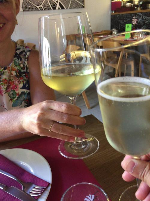 【第12日】市内観光では、美味しいイタリアンレストランでランチしました。