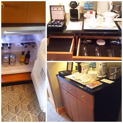 冷蔵庫とミニバー<br />ウエルカムギフトのタルトがおいしかったです。