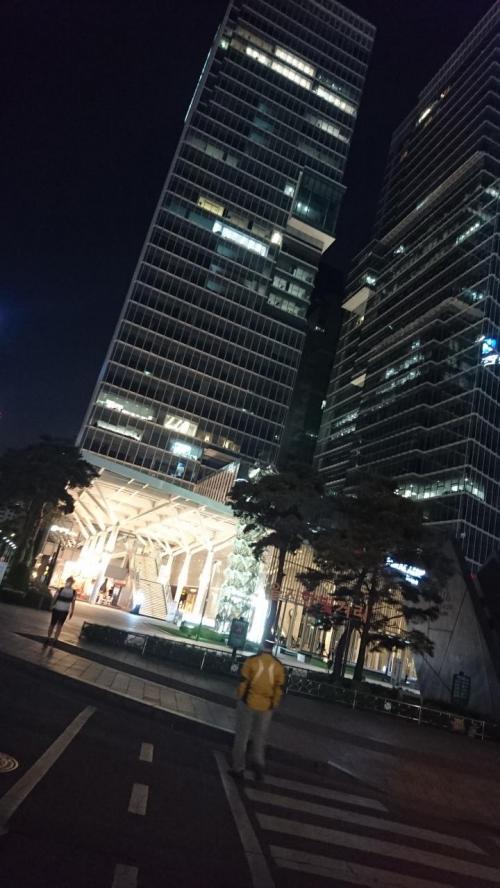 清渓川近くの<br /><br />未来アセット CENTER1<br />