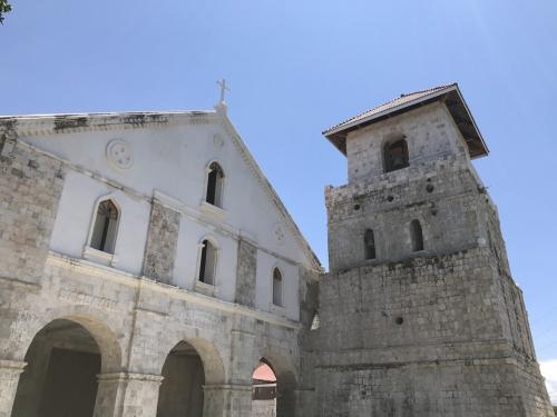 ボホール最古の教会です。石造りがきれいです