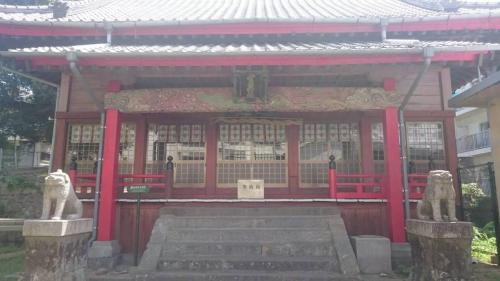 まずは菅原神社へ<br />御手水には梅香崎神社とあるんですが社殿は菅原神社表記<br />菅原ということは道真公が祀ってあるということかな?