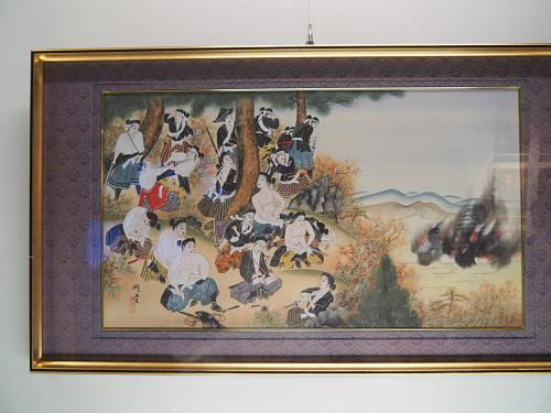 燃え盛る鶴ヶ城を飯盛山から見ながら自刃する白虎隊の若き兵士たち。<br />少年たちは16-17歳ぐらい。武士の家では自刃の仕方も教わるもの。<br />藩士の妻子供たちも先の足手まといを懸念して自刃したそう。(´;ω;`)ウッ