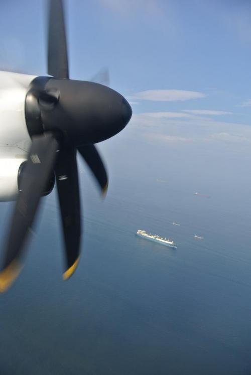 ボンバルディアQ400飛びました。<br />離陸時の加速の速さにビックリ!そしてすぐに機体が浮き上がって旋回するのは、ジェット機にはない体感です。<br /><br />伊勢湾上空