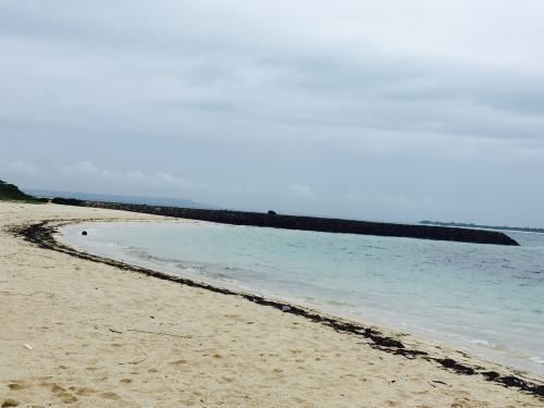 まずは 来間島へ<br />曇っていてもきれいだなぁ