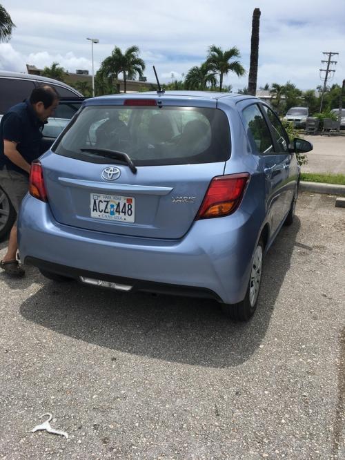 今回はこの小さめの車で 今度は24時間借りました<br />昨日借りた6時間と比べたら丸1日で10ドルくらいしか変わりません<br />HAWAIIのヒルトンみたいに1日30ドルくらい・・・なんて まったく駐車場代金は必要ありませんので借りっぱなしでもかなりお得だと思います