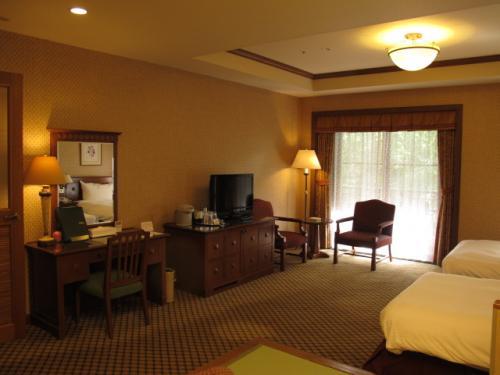 客室はイギリス風カントリー調、シックなデザインです。