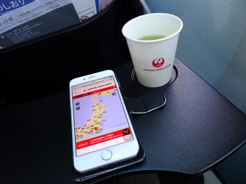 JALの国内線はWi-Fi無料で使えました。便利ですね。