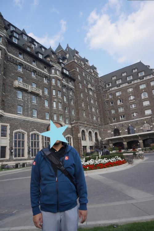 フィアモンド・バンフ・スプリングスホテル<br />バンフ国立公園のなかにあるので,いたるところがフォトポイントでした。