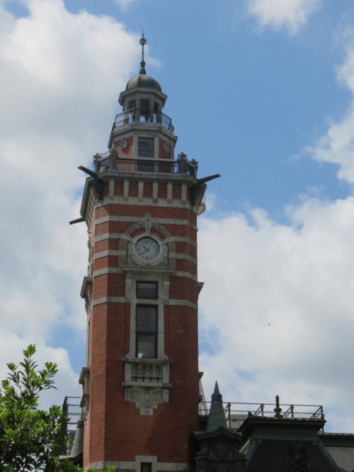 横浜市開港記念館・・・今年開館100周年を迎える、横浜三塔の一つの時計台<br /><br />「ジャックの塔」の愛称で親しまれており、今回は地下で開催されているヨコハマトリエンナーレ見てきました<br /><br />