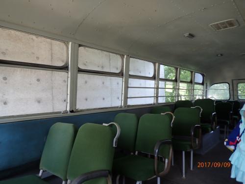 古いバスなどが置いてあって、無料で見学することが出来ました。ホリデーテーリングのスタンプ箇所になっていたので、スタンプを押してから見学。