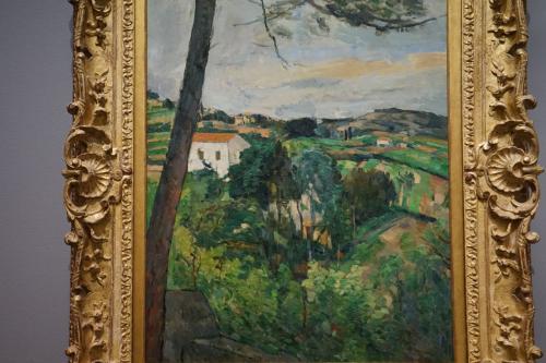ポール・セザンヌ「赤い屋根のある風景あるいはレスタックの松の木」1876年頃<br />おそらくはエクサン・プロヴァンス近郊の南仏の風景を描いたもの。