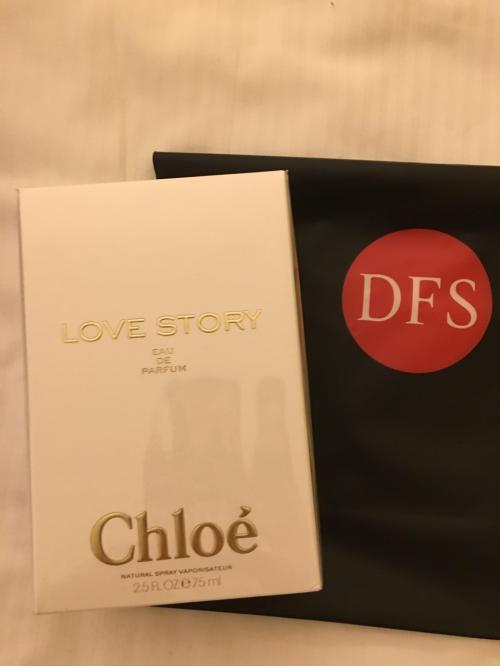これを買いましたが クロエのラブストーリー・・・<br />日本では15000円位ですが ここでは12000円位でした<br />勿論 お土産とお誕生日のプレゼント兼用です