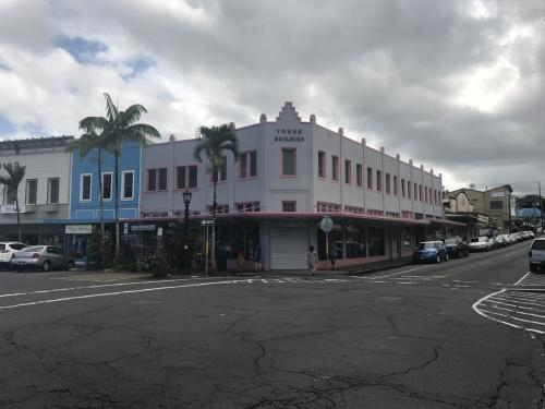 古き良きアーリーアメリカンな町でした。大昔10m強の巨大津波に襲われたんですが、建物はほとんど残ったそうです。日本でも随分その建築方法を研究したようです。