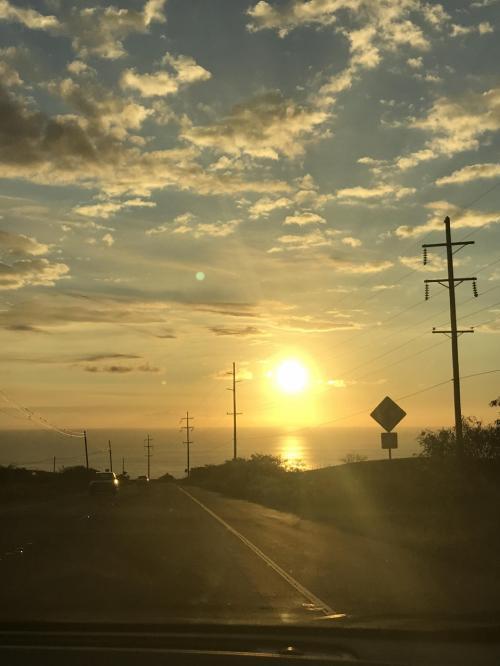 カウボーイ文化発祥の地#waimeaを過ぎたあたりから見た夕陽。たぶんこの日は300㎞以上は走ったと思います。