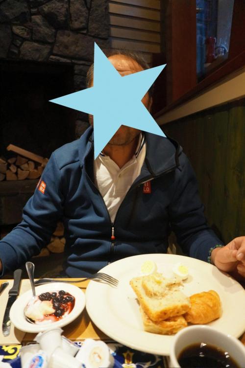 また7時に朝御飯に行きました。<br />ここでの食事3日ともに規則正しく7時に行きました(笑)<br />