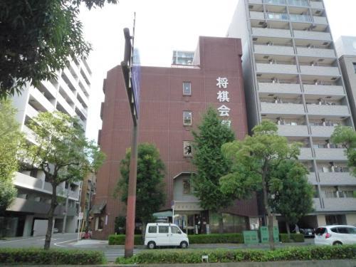 JR福島駅近くの関西将棋会館<br />