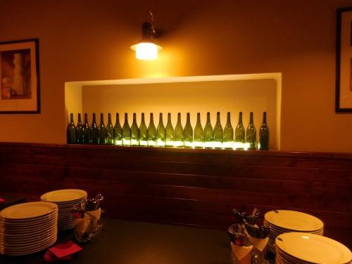 ビール瓶。←まんまかいっ