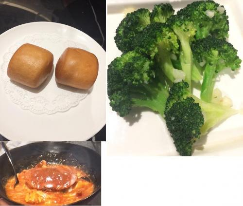 上記の2品を食べ終わると、いよいよチリクラブ、ブロッコリー、揚げパンが運ばれてきます。<br /><br />「チリクラブ」は身を出すのがとにかく大変でした。<br />殻を割る用のハサミと身を取り出す串を用意してくださります。<br />日本でよく食べるズワイ蟹などとは異なり、足も細いし、食べる身の量も少なく感じます。<br /><br />ウェットティッシュを用意してくださりますが、絶対に足りないと思います。<br />私は日本から使い捨て用のビニール手袋を2人分用意していき、最初に一気に剥き、後でゆっくり食べました。<br />殻むきと格闘するので無言になります。<br /><br />揚げパンは手の平に収まる小さいサイズが一人1個と、ブロッコリーをチリクラブのタレに付けて食べますが、タレがたくさんあまります。<br />揚げパンを別途注文しても良かったのですが、チャーハンなども食べたのでお腹一杯になるので注文しませんでした。<br /><br />チリクラブのお味ですが、少し辛くて甘酸っぱいトロっとしたタレです。<br />子どもにはちょっと辛いと思うので食べさせませんでした。