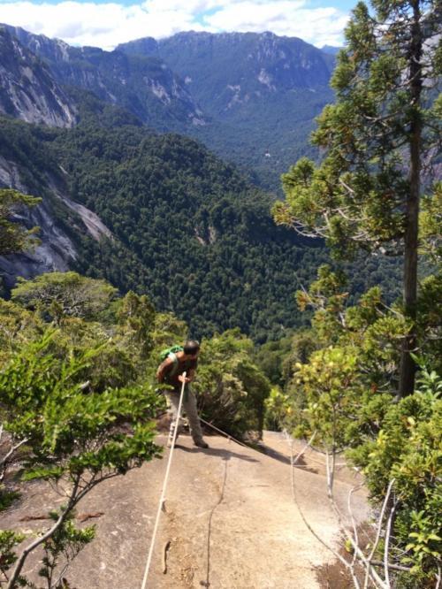登りは良いが帰りは恐い